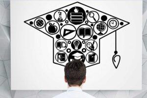 Requisitos de promedio para estudiar maestría en Colombia